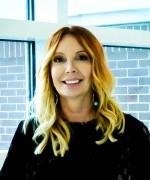 Dr. Karin Roland